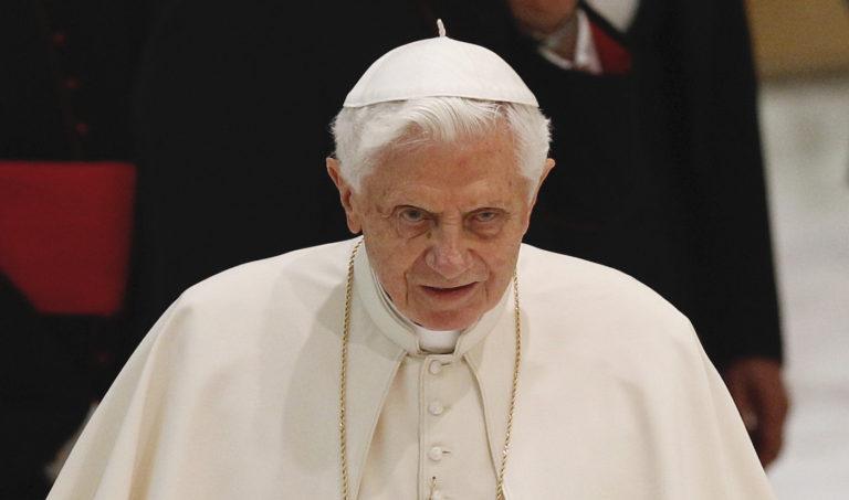 2013-ban lemondott XVI. Benedek pápa